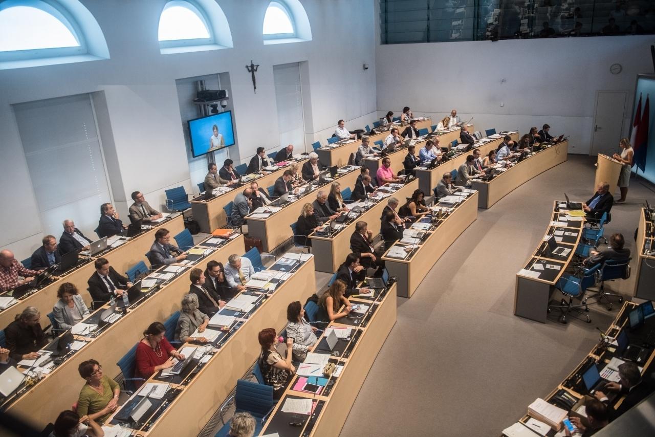 Ticinonline oggi in parlamento tassa sul sacco e for Oggi in parlamento