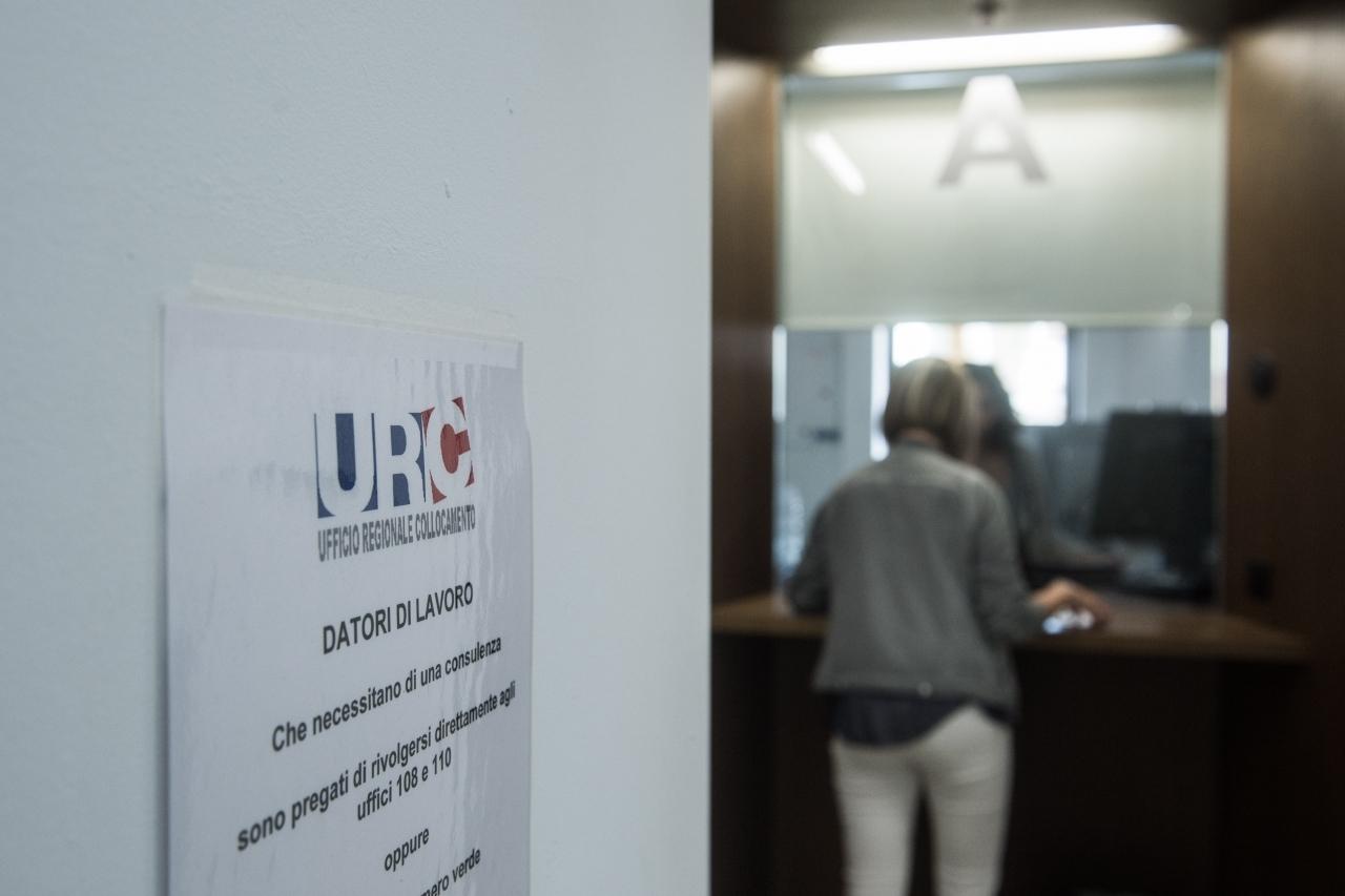 Ufficio Lavoro Ticino : Ticinonline calano i disoccupati in ticino
