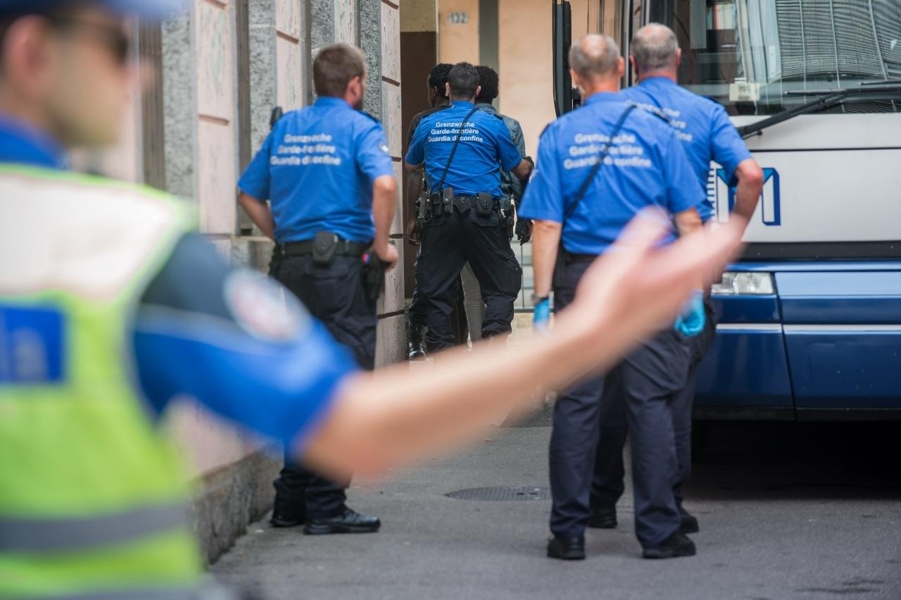 Ufficio Per Le Zone Di Confine : Ticinonline guardie di confine gli effettivi saranno aumentati