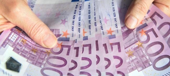 6b2f34f409 False banconote da 100 e 500 euro, un arresto - Ticinonline