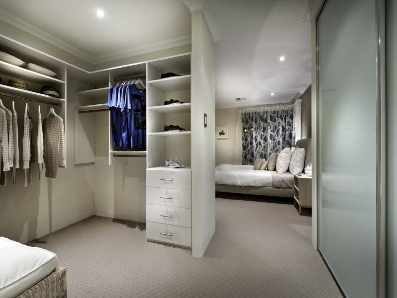 Ticinonline a chi affidarsi e come progettare una cabina for Camera da letto con armadio
