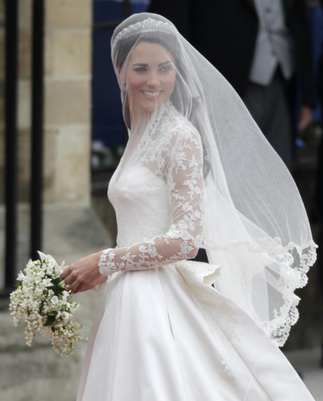 Abiti Da Sposa Kate Middleton.L Abito Da Sposa Di Kate Middleton Versione Low Cost Ticinonline