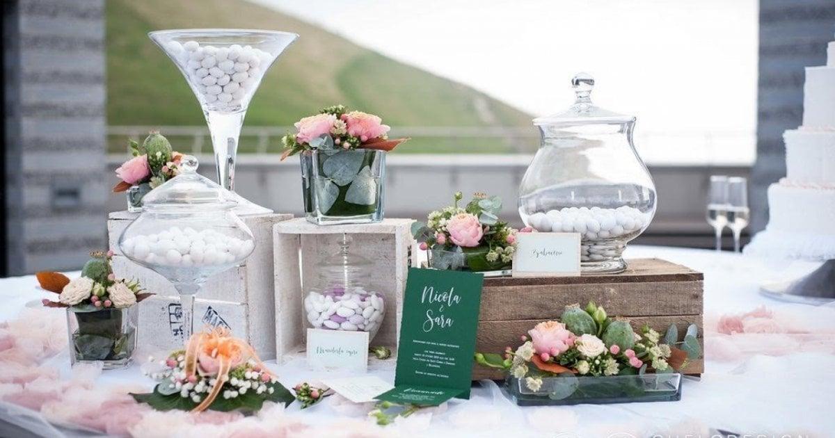 Anniversario Di Matrimonio Materiali.Anniversari Di Matrimonio Ad Ogni Anno Un Nome E Significato