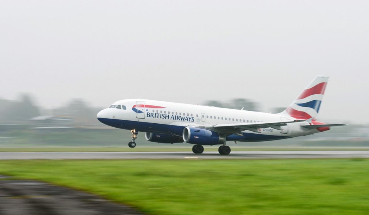 incontri pilota di compagnia aerea commerciale Top Free hook up applicazioni iPhone