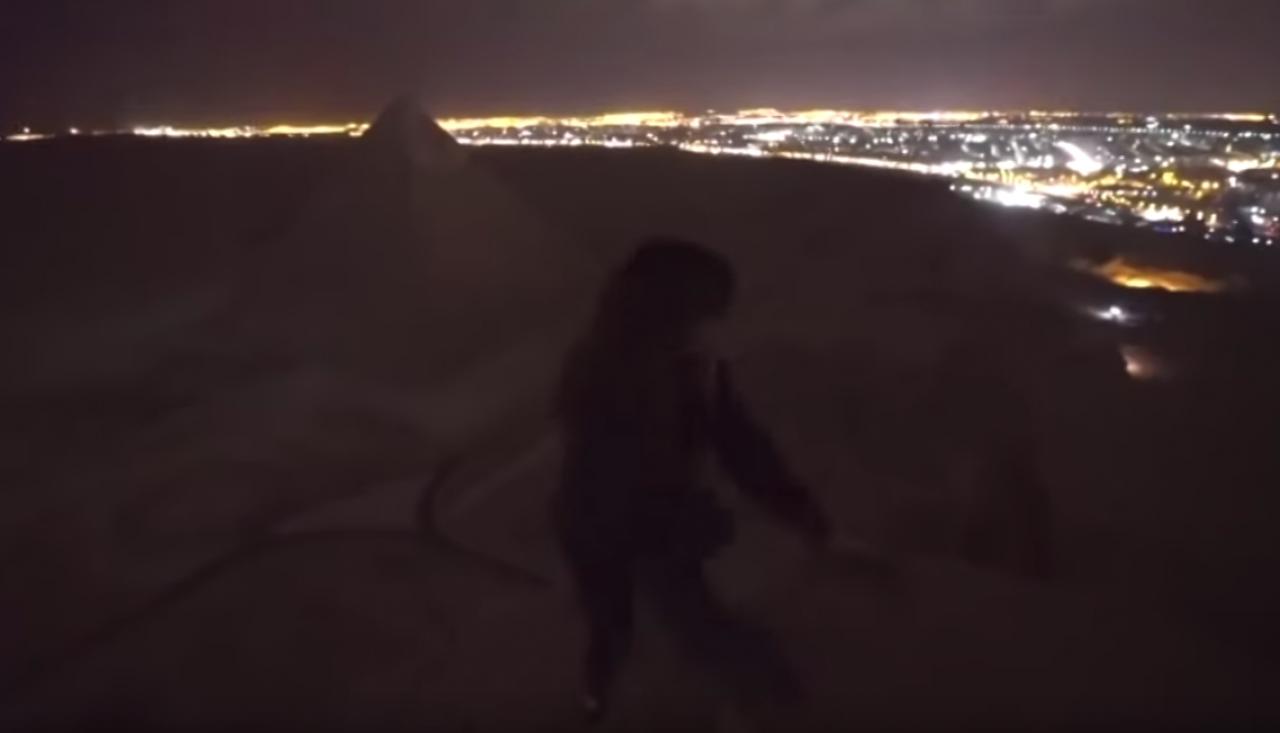 Sesso sulla piramide di Cheope: il video che fa indignare il web