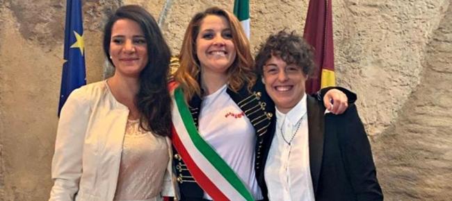 79b440fc3a84 Noemi ha officiato le nozze della sua vocalist - Ticinonline