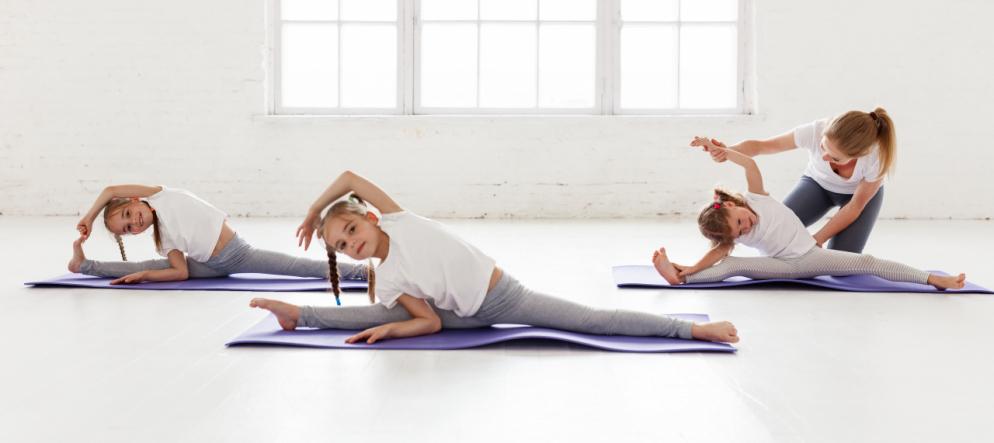 c7b8d70fb895 Mantra ed asana: lo yoga diventa baby - Ticinonline