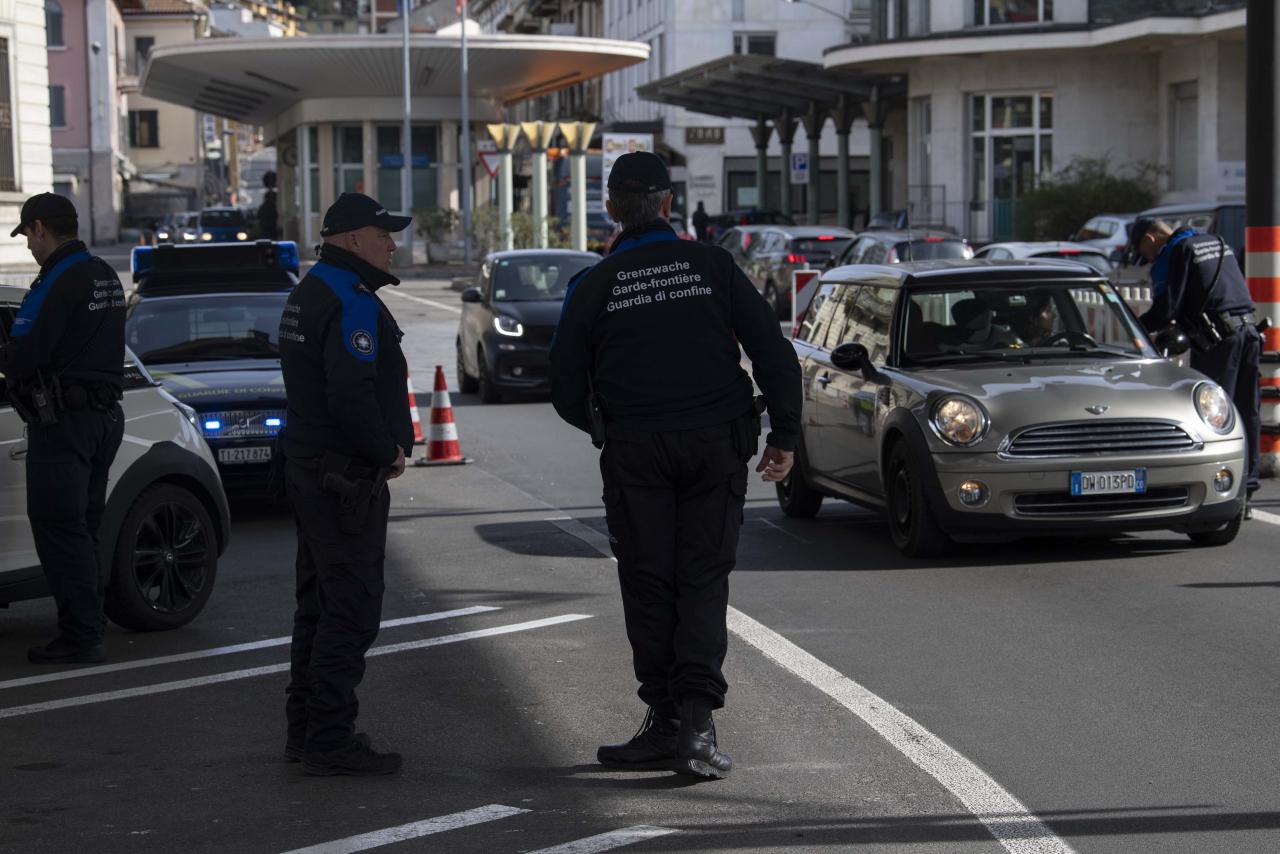 Agenzie Lavoro Canton Grigioni emergenza covid-19: seimila frontalieri hanno perso il